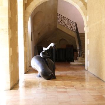 Les sculptures de Toutain se mêlent au paysage urbain